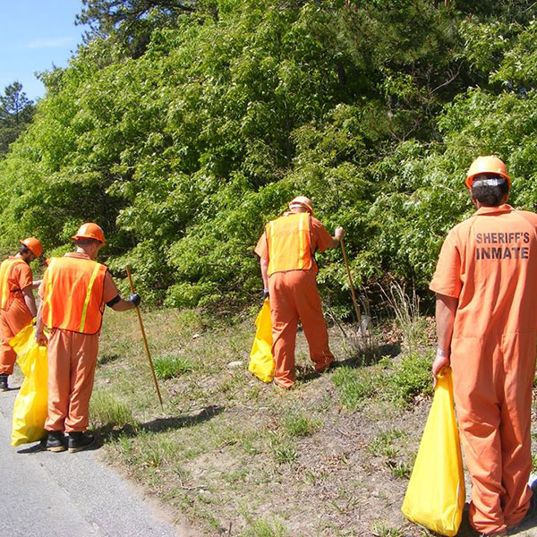 Cape Cod Prisoners Road Clean Up